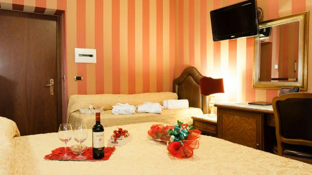 Hotel-Forte-Roma-rooms-49