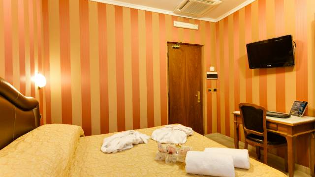 Hotel-Forte-Roma-rooms-50
