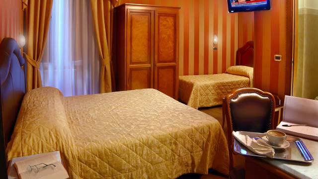 Hotel-Forte-Roma-rooms-53