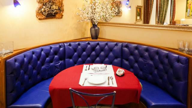 Hotel-Forte-Roma-breakfast-34