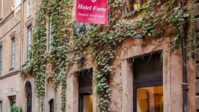 Hotel-Forte-Roma-External-4