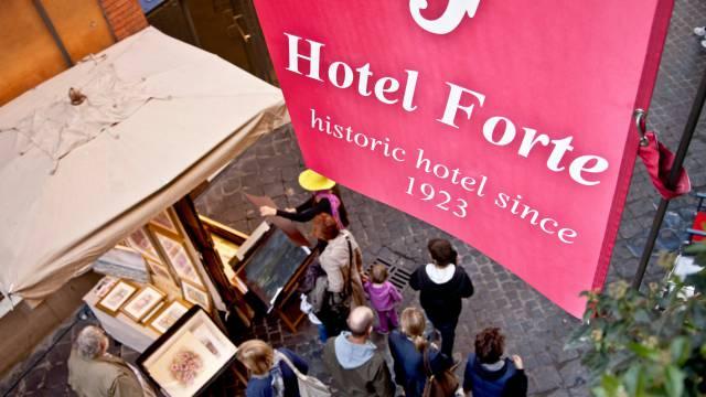 Hotel-Forte-Roma-External-8