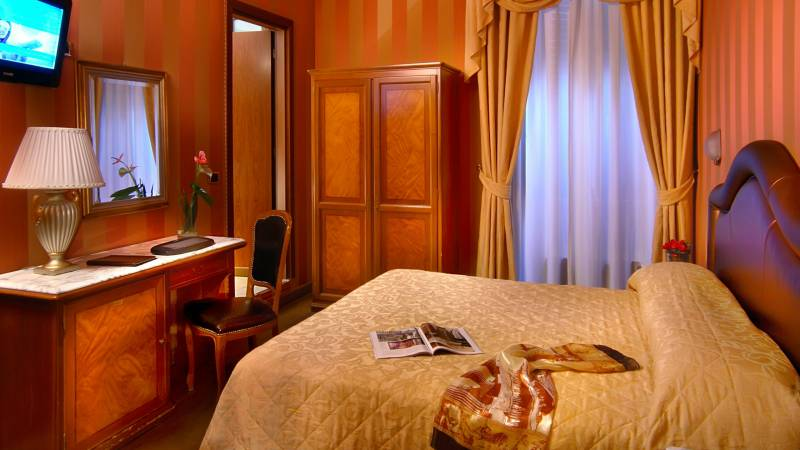 Hotel-Forte-Roma-rooms-54