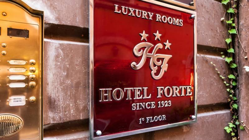 Hotel-Forte-Roma-Hotel-1